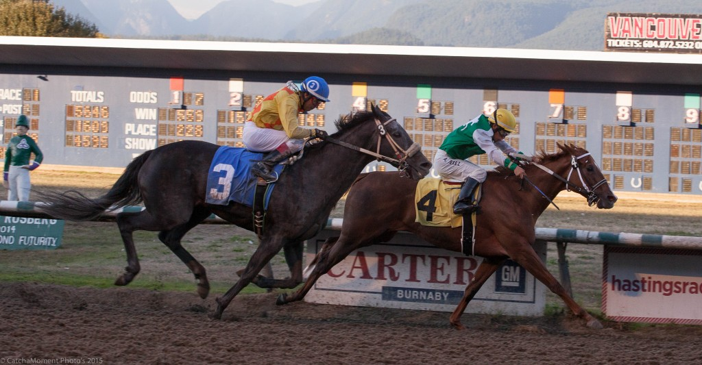 TOUCHING PROMISE ON THE INSIDE OUT FINISHES LOCKET TO WIN THE DISTAFF